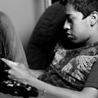 Дети останутся голодными, но поиграют в смартфон