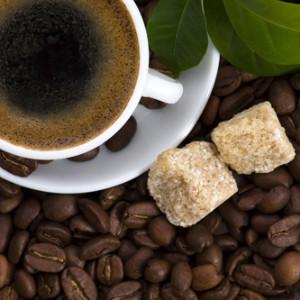 Кофе усугубляет действие фаст-фуда