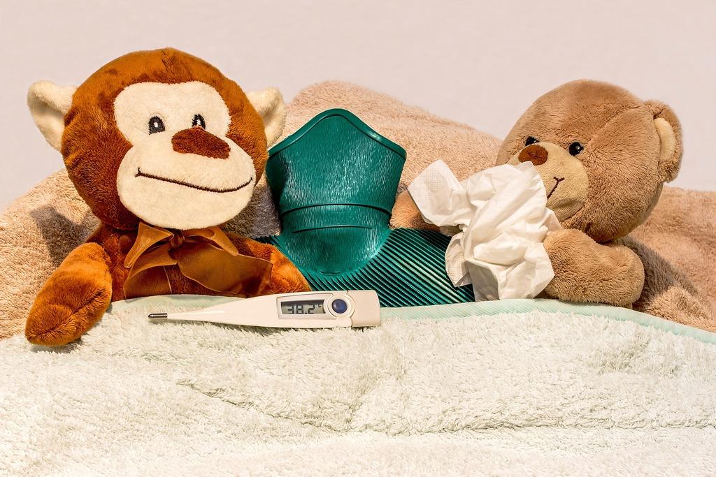 Простуженных детей не пустят в школу и детский сад