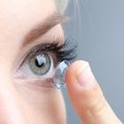 Как не занести инфекцию контактными линзами