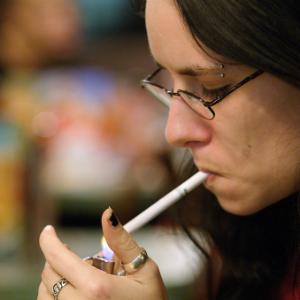 Мозг курильщика не справляется с чувством тревоги