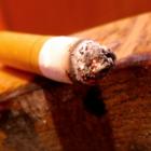 Заядлые курильщики отказываются от дорогого табака