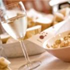 Белое вино лишает белизны зубы