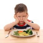 Дети боятся пробовать новую еду? Это нормально