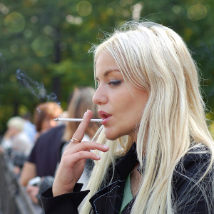 Курение подростков связано с желанием похудеть