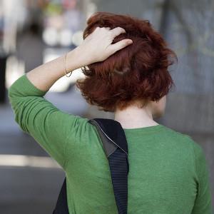 Зарядка в офисе: упражнения для шеи