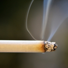 Причина каждого второго инсульта – пассивное курение