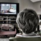 Дети, которые тратят много времени на просмотр телевизора, склонны набирать меньше костной массы в процессе роста, чем сверстники