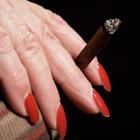 Курящие женщины разбивают сердце