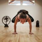 Йога улучшает давление.