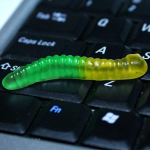 Рабочий стол – рассадник бактерий