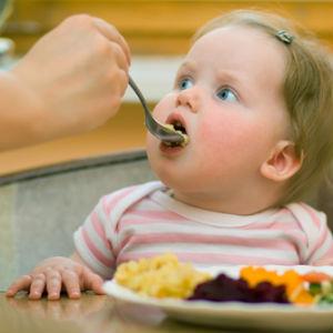 Заметки Крохи.  Для молодых родителей объявление: 15 и 19 февраля состоятся семинары на тему введения прикорма.