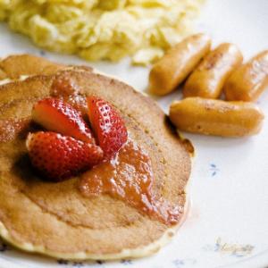 Завтрак съешь сам